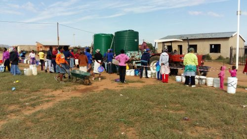 The Masilonyana Municipality applied for an urgent interdict last Monday, attempting to stop the DA from providing water to residents. The Municipality lost the interdict application. Photo: City Ratsiu