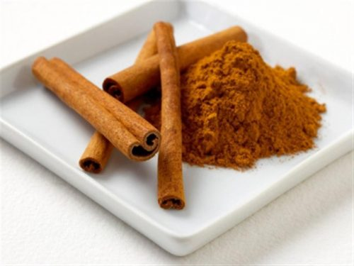 Cinnamon powder/foodesto.com