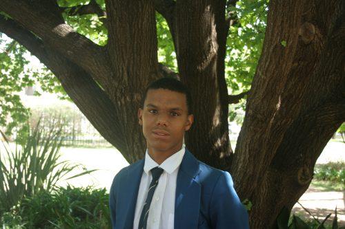 Keeno Orlein van die Hoërskool Sentraal is ingesluit in die o.15-Vrystaat-krieketspan. Dié span gaan van 9 – 13 Desember aan die Nasionale o.15-krieketweek in Potchefstroom deelneem.