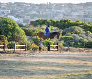 Featherfoot Horse Ranch in Kabeljouws off ers a range of experiences.